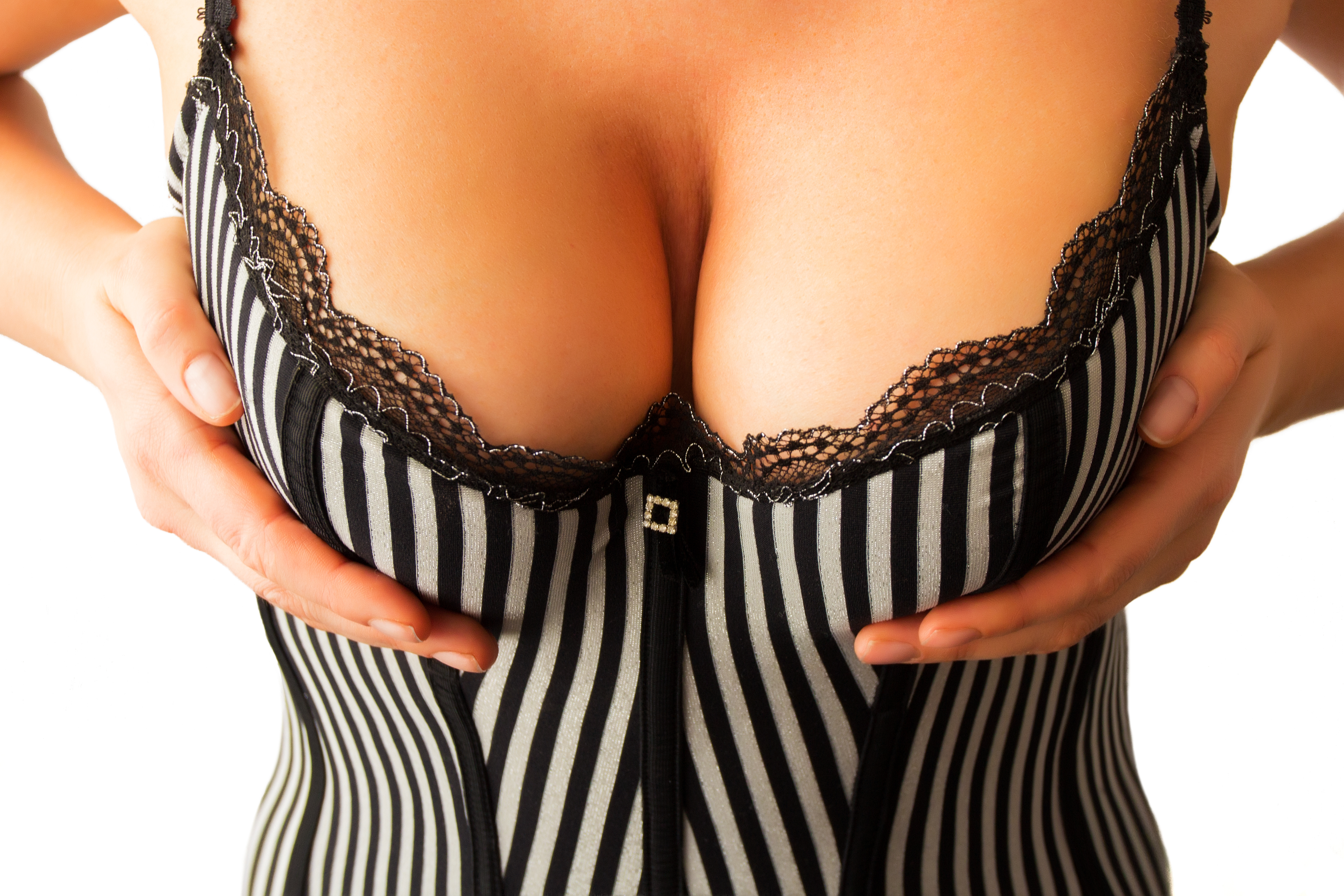 Breasts as the epicentre of the masculine mind