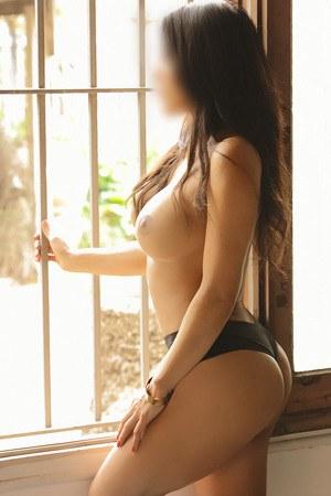 Ximena escort latina en Barcelona