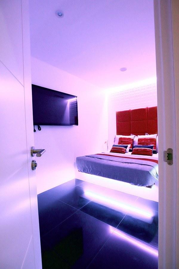 Habitaciones para escorts en barcelona perla negra bcn for Habitacion 73 barcelona